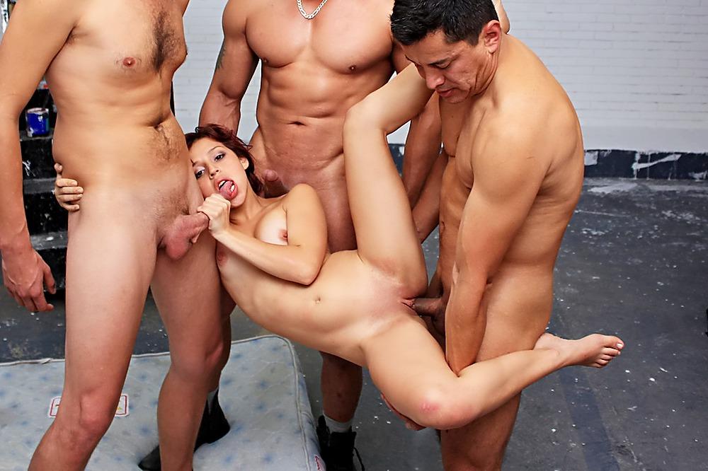 Gay sous la douche